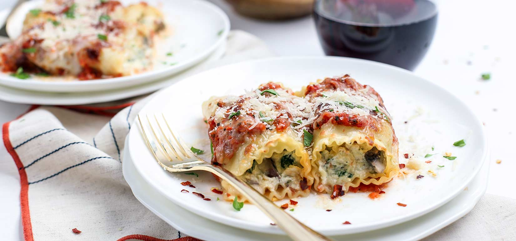 Simply Organic Holiday Organic Roasted Red Pepper Lasagna Roll-Ups Recipe
