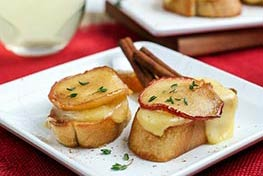 Organic Caramelized Apple Brie Bruschetta