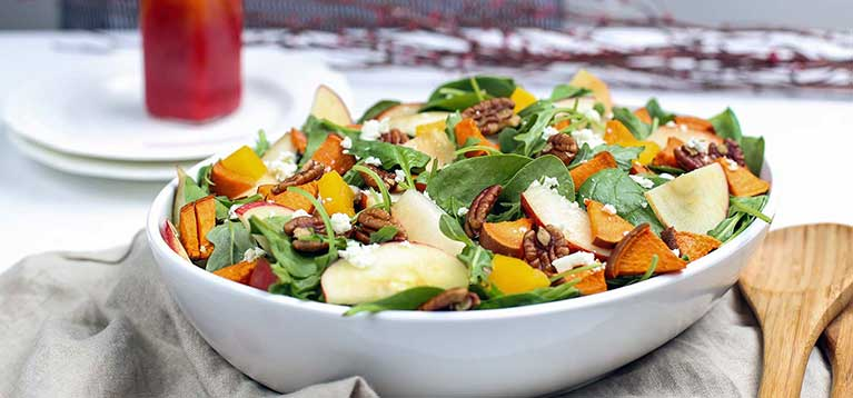 Simply Organic Holiday Organic Harvest Salad with Cinnamon Cranberry Vinaigrette Recipe