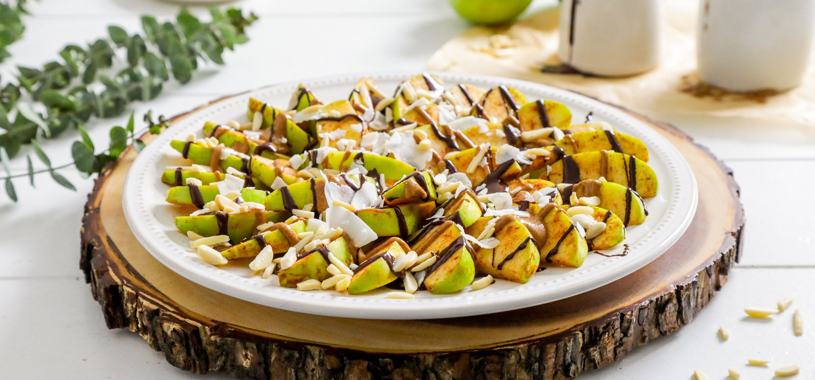 Organic Apple Nachos with Spiced Nut Butter Recipe