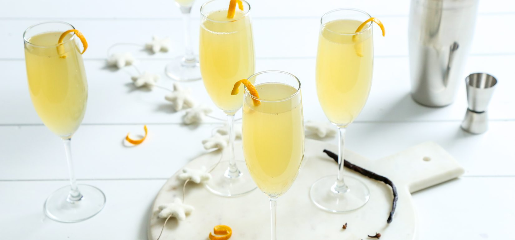 Simply Organic Holiday Organic Vanilla Clove French 75 Cocktail Recipe