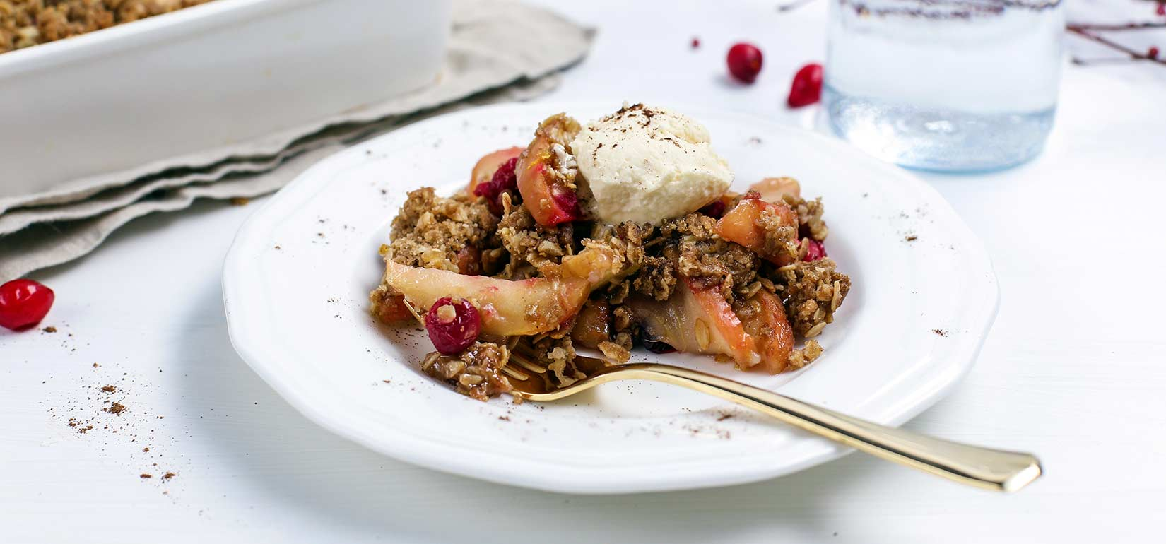 Simply Organic Holiday Organic Allspice Apple Cranberry Crisp Recipe