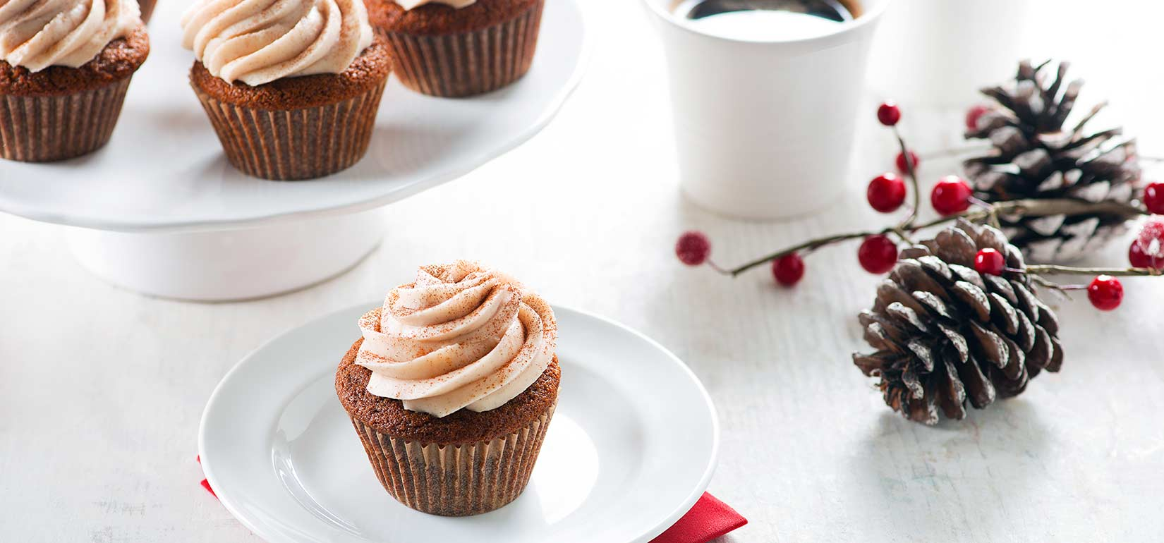 Simply Organic Holiday Organic Gingerbread Cupcakes with Vanilla Cream Cheese Frosting Recipe