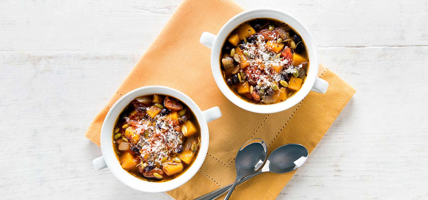Simply Organic Holiday Organic Hearty Black Bean and Pumpkin Soup Recipe