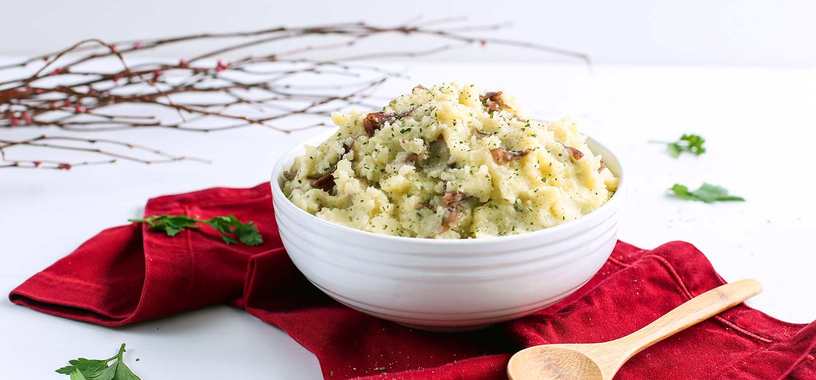 Simply Organic Holiday Organic Parsley and Garlic Mashed Potatoes Recipe